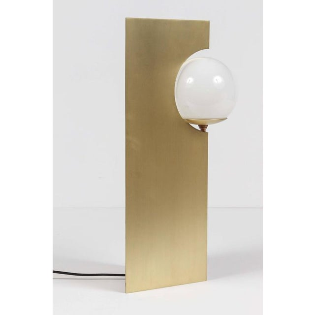 Paul Marra Brass Solitaire Desk or Table Lamp For Sale - Image 5 of 6