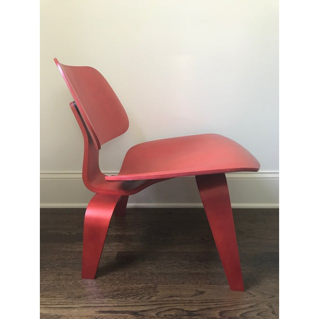 Eames LCW Red Chair - Image 4 of 8