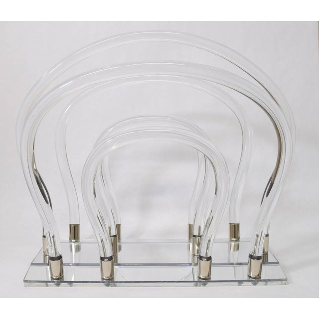 Hollywood Regency Dorothy Thorpe Lucite, Chrome and Mirror Magazine Rack For Sale - Image 3 of 6