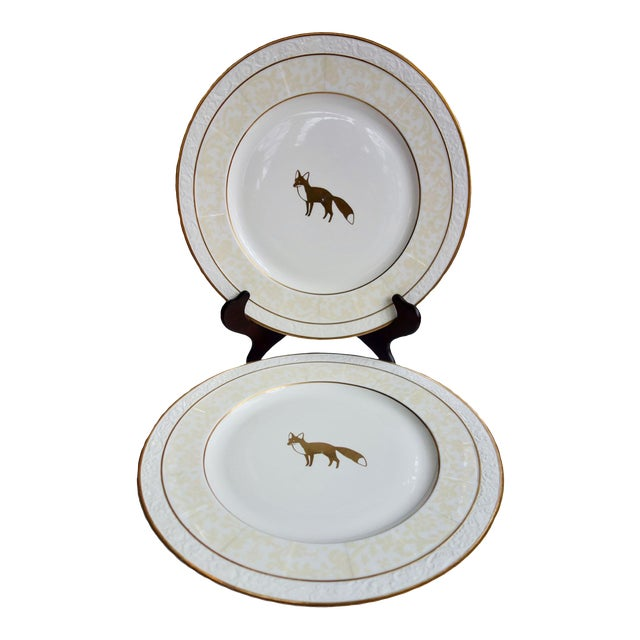 "Villeroy & Boch 13"" Ivorie Pattern Round Servers With Fox - a Pair For Sale"