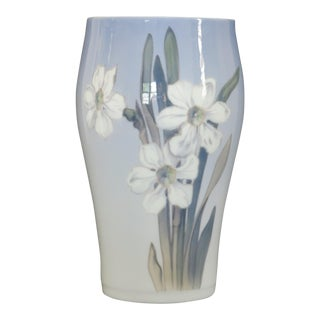 "1950's Vintage Royal Copenhagen ""White Narcissus"" Hand Painted Porcelain Vase For Sale"