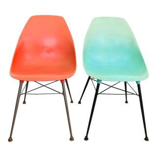 Mid Century Modern Sam Avedon Plastic Shell Chair - a Pair For Sale