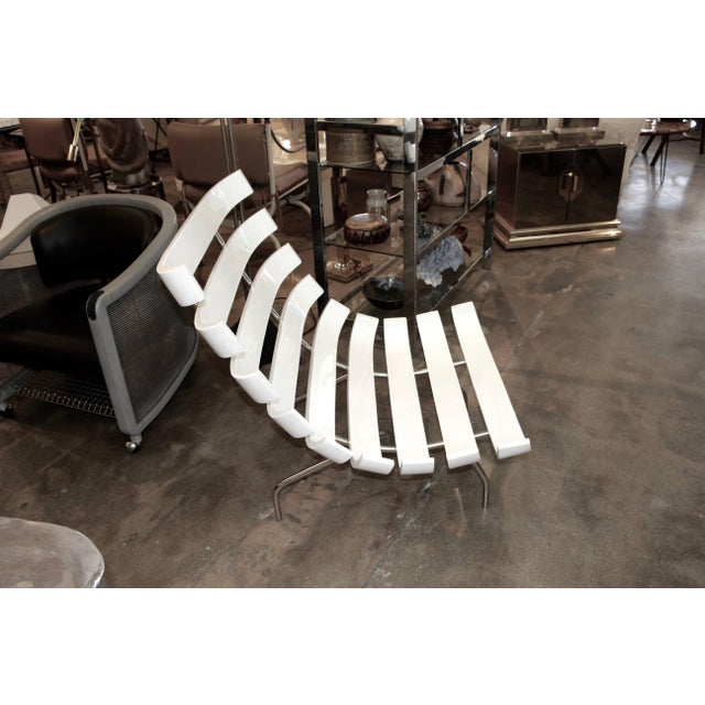 """White Pair of 1990's Scala Luxury """"Rib"""" Lounge Chairs With New Leather Cushions For Sale - Image 8 of 11"""