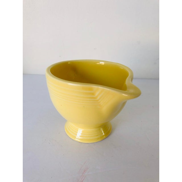 Fiesta Ware Yellow Sugar & Creamer Set Old Marks For Sale - Image 4 of 6