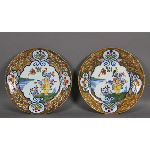 Ceramic Pair of Delft Polychrome Decorated Plates For Sale - Image 7 of 7