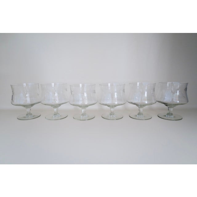 Vintage Floral Etched Glass Clear Crystal Footed Dessert Cups Champagne Coupe Set of 6 For Sale - Image 4 of 4