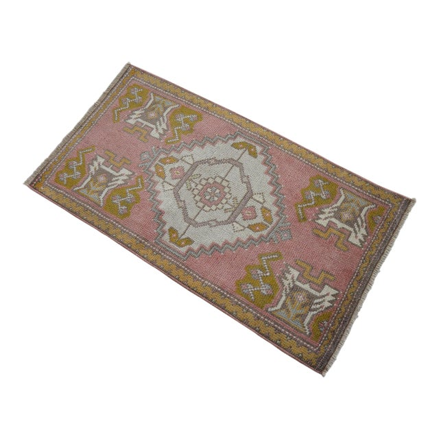 Distressed Low Pile Turkish Yastik Rug Faded Kitchen Sink Mat - 20'' X 36'' For Sale