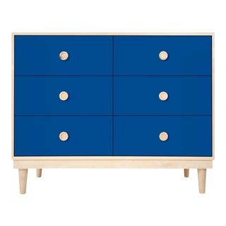 Nico & Yeye Luke Modern Kids 6-Drawer Dresser Solid Maple and Maple Veneers Pacific Blue For Sale