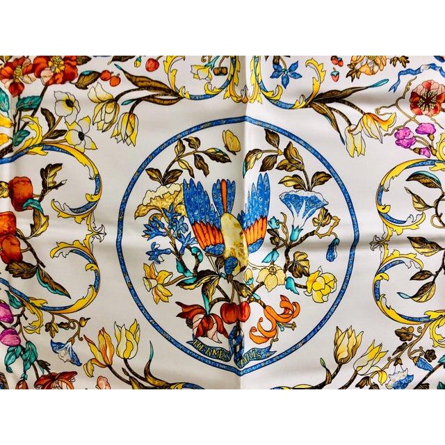 Hermès Hermès Pierres D'Orient Et D'Occident Silk Scarf For Sale - Image 4 of 7
