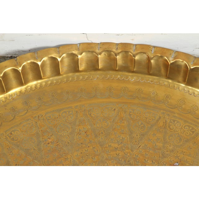 Early 20th Century Large Syrian Hand-Hammered Brass Tray For Sale - Image 5 of 10