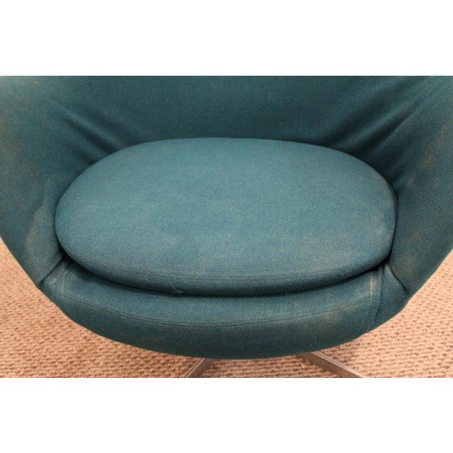 Danish Mid-Century Modern Overman Style Swivel Chrome Base Pod Chair For Sale - Image 10 of 11