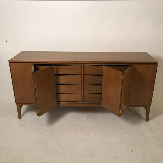 Mid-Century Modern Paul McCobb Calvin Group Tri-Fold Bleached Mahogany Eight-Drawer Dresser For Sale - Image 3 of 7