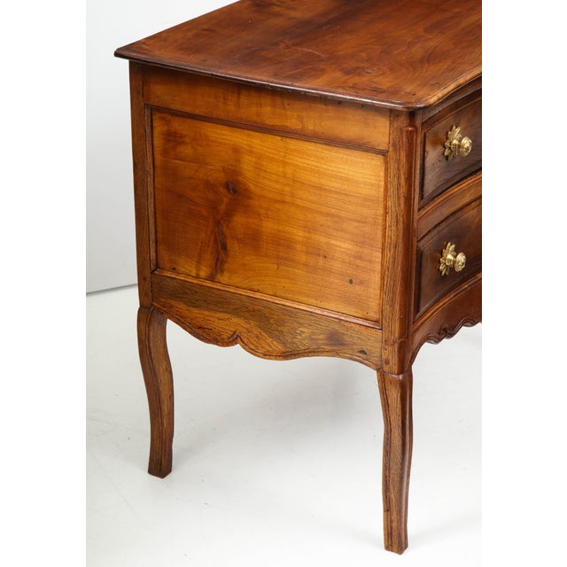 French Walnut Commode For Sale - Image 3 of 13