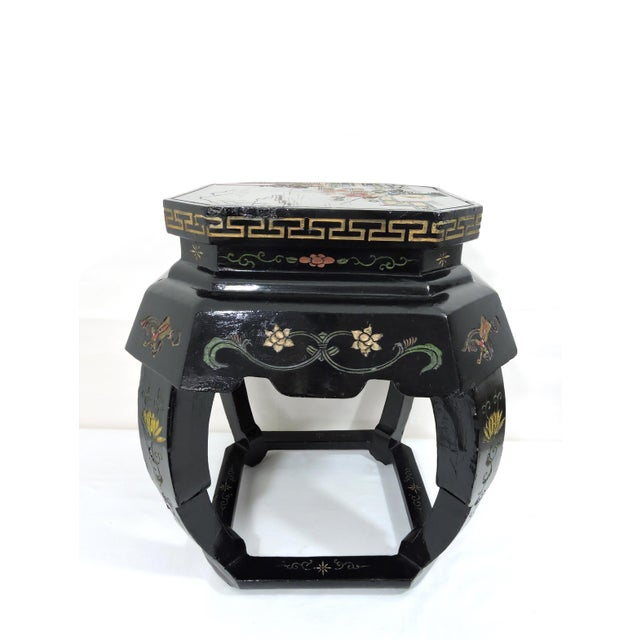 Mid 20th Century Vintage Chinese Black Lacquer 'Lotus Lake' Floral Stool / Side Drinks Table For Sale - Image 5 of 8