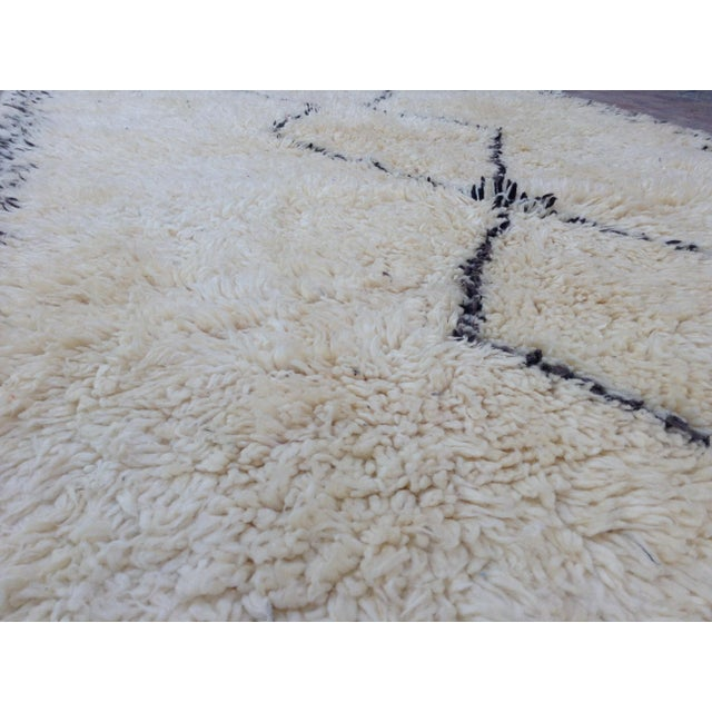 1980s 1980s Beni Ourain Rug- 6′1″ × 11′5″ For Sale - Image 5 of 8