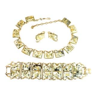 Mid-Century Modern Coro Confetti Lucite Parure, Necklace Bracelet Earrings 1950s For Sale