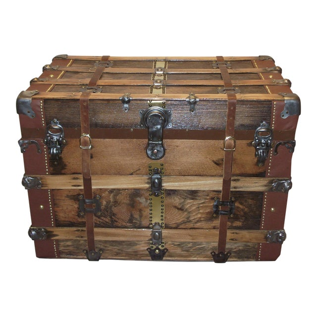 Early 1900's American Antique Box Trunk For Sale