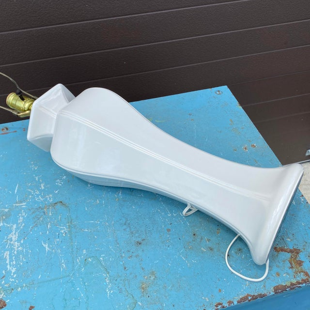 Ceramic Vintage Morris Greenspan White Ceramic Table Lamp For Sale - Image 7 of 8
