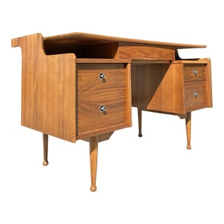 Beautiful Mid Century Executive Desk For Sale