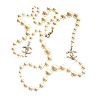 Authentic Chanel Classic Long Pearl CC Necklace