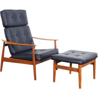 Danish Modern Reclining Lounge Chairs & Ottoman by Arne Vodder For Sale