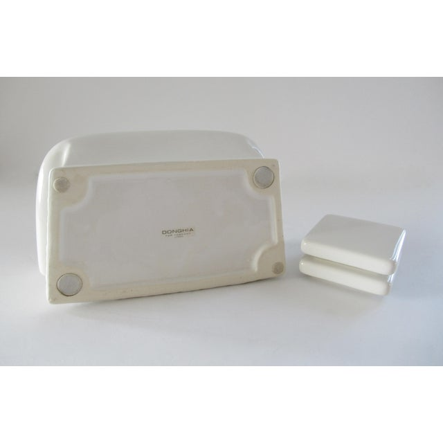 White Vintage Donghia for Toscany Ceramic Sofa Keepsake Box For Sale - Image 8 of 13