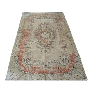 1960s Vintage Turkish Hand-Knotted Rug - 3′11″ × 7′1″ For Sale