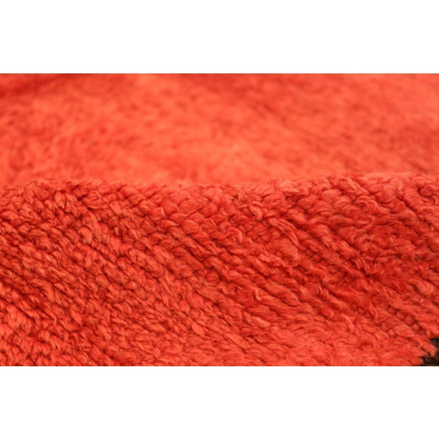 Textile Room Size Vintage Moroccan Rug - 5′3″ × 9′ For Sale - Image 7 of 9