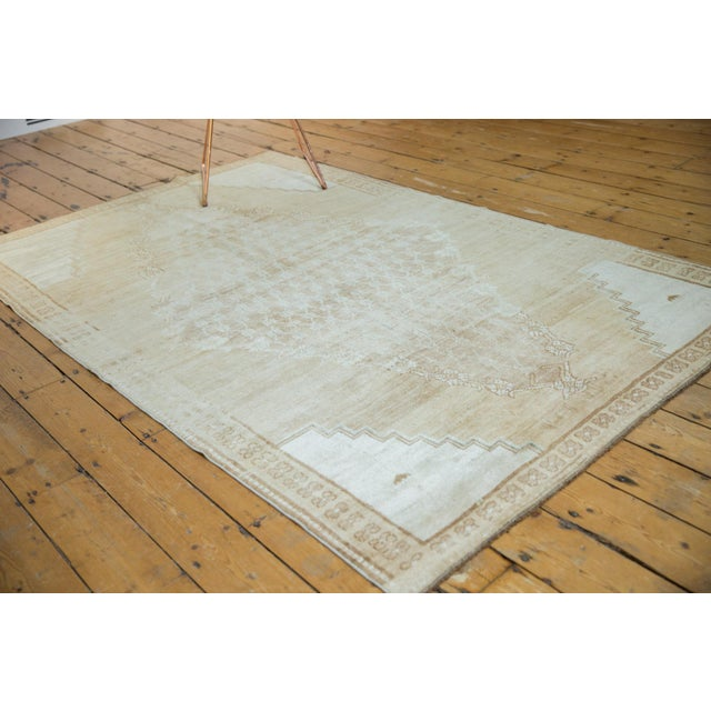 """Old New House Vintage Distressed Oushak Rug - 4'10"""" X 7'8"""" For Sale - Image 4 of 12"""