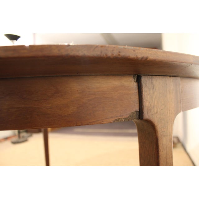 Mid-Century Modern Drexel Counterpoint Round Extension Walnut Dining Table #14 For Sale - Image 10 of 13