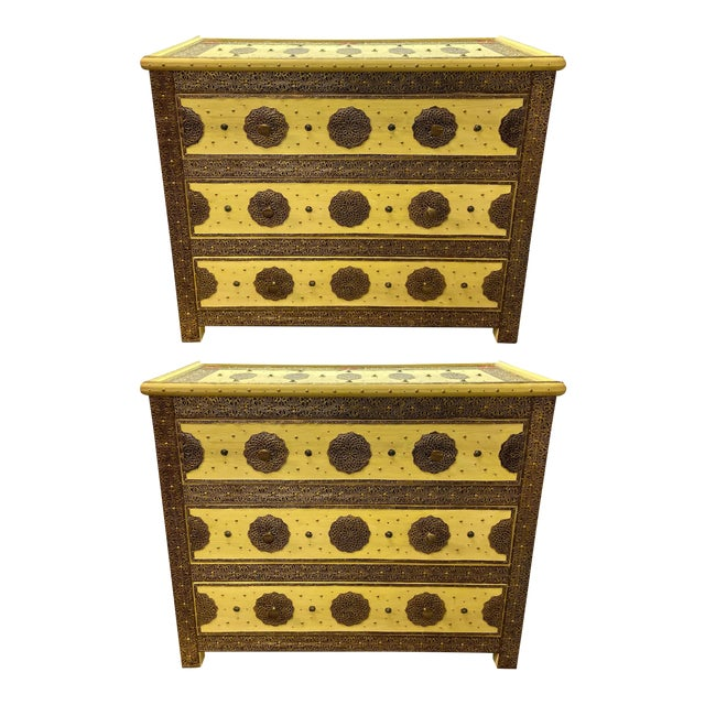 1970s Vintage Hollywood Regency Style Nightstands-a Pair For Sale