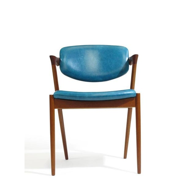 Six Kai Kristiansen Teak Danish Dining Chairs in Turquoise Leather, 20 Available For Sale In San Francisco - Image 6 of 11