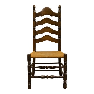 Late 20th Century Ethan Allen Antiqued Pine Old Tavern Ladderback Dining Side Chair For Sale