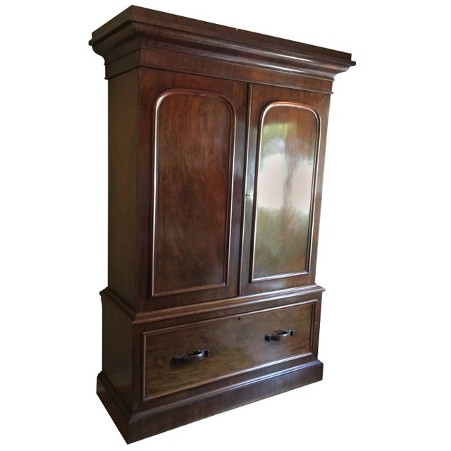 Wood William IV Gentleman's Hat Chest or Cabinet For Sale - Image 7 of 7