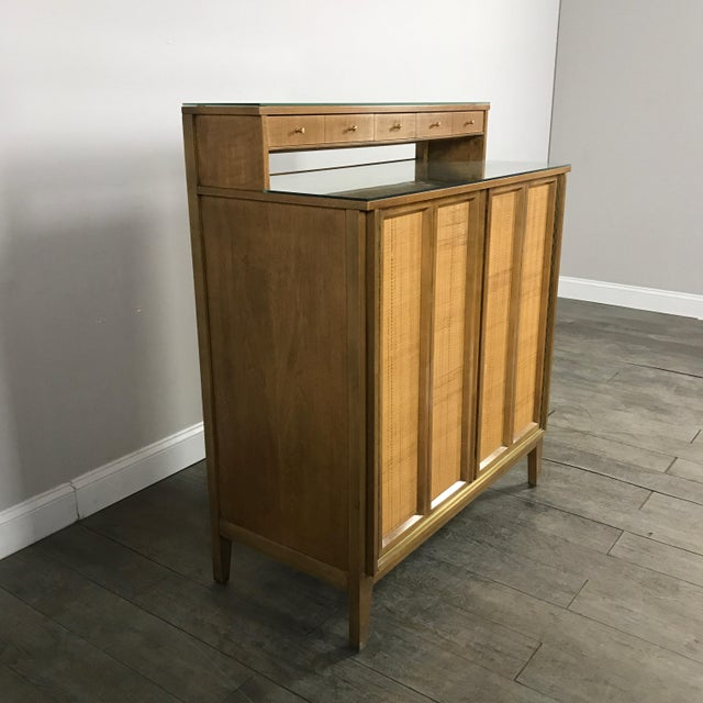 Brown Mid Century Modern Bar by West Michigan Furniture Co. For Sale - Image 8 of 11