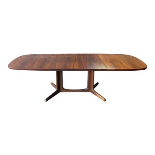 1960s Gudme Møbelfabrik Danish Rosewood Extendable Dining Table For Sale