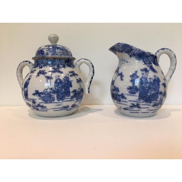 Blue Vintage Chinoiserie Blue and White Creamer and Lidded Sugar Bowl - Set of 2 For Sale - Image 8 of 8