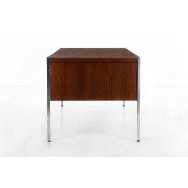 Mid-Century Modern Richard Schultz Executive Desk For Sale - Image 3 of 12