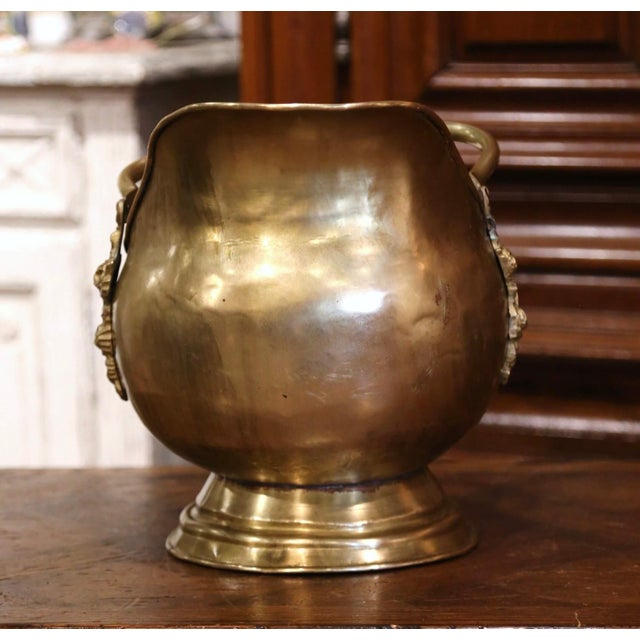 Mid-19th Century French Brass, Bronze and Porcelain Coal Bucket For Sale In Dallas - Image 6 of 12