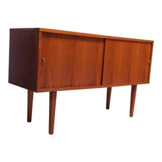 Petite Mid-Century Modern Walnut Credenza / Record Cabinet For Sale