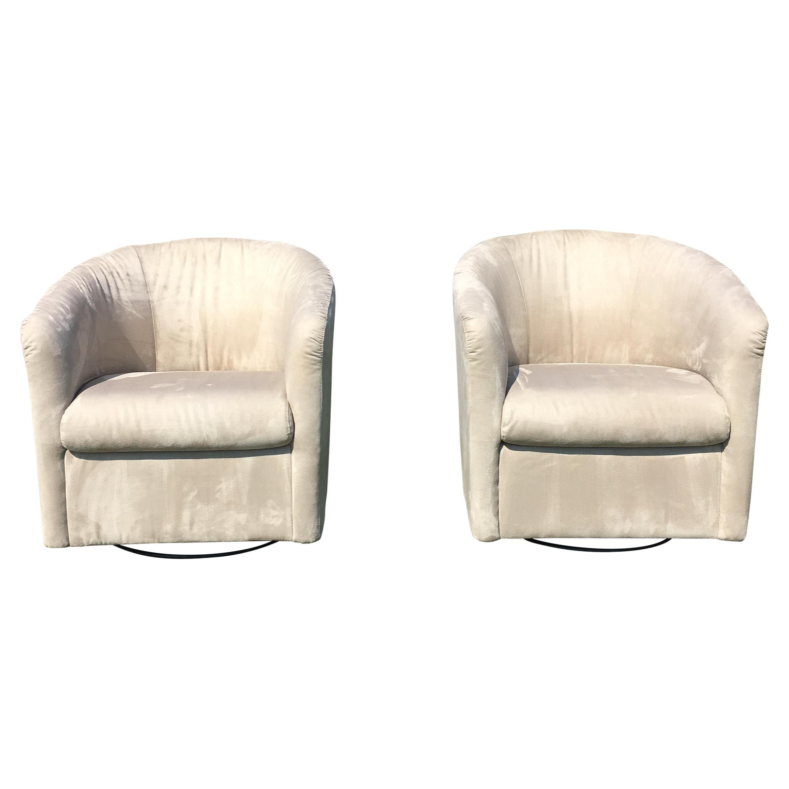 Astonishing Natuzzi Barrel Swivel Chairs A Pair Squirreltailoven Fun Painted Chair Ideas Images Squirreltailovenorg