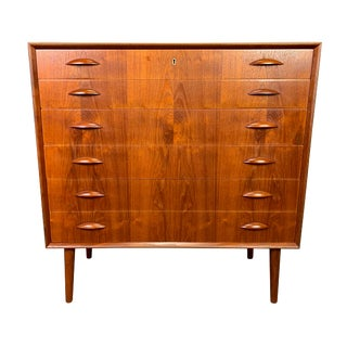 Vintage Danish Mid Century Modern Teak Highboy Dresser Attributed to Peter Hvidt. For Sale