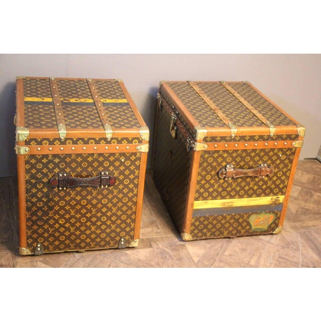 1920s Pair of Louis Vuitton Monogram Steamer Trunks, Malles Louis Vuitton For Sale - Image 5 of 13