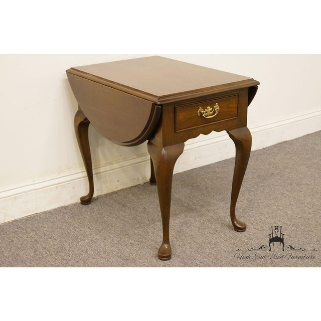 Late 20th Century 20th Century Queen Anne Cherry Wood Drop-Leaf End Table For Sale - Image 5 of 13