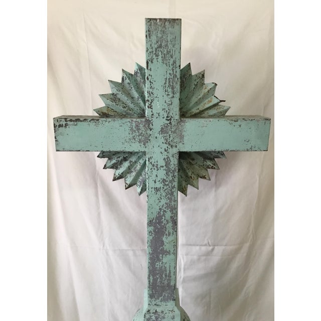 1930s 1930s Vintage Large Standing Metal Cross / Crucifix For Sale - Image 5 of 13
