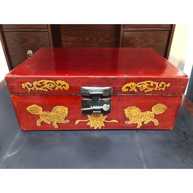 Late 19th Century Antique Chinese Lacquered Coffee Box For Sale - Image 10 of 10