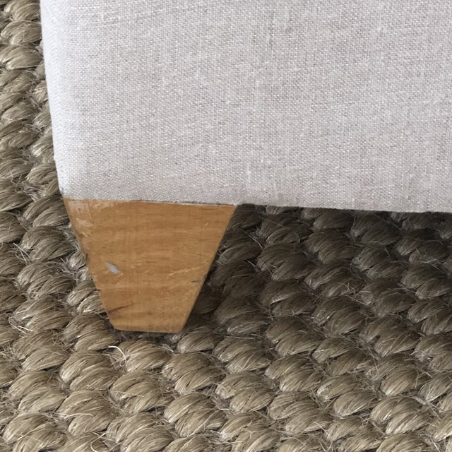 Linen Donghia Plato Chaise in Flax Linen For Sale - Image 8 of 13