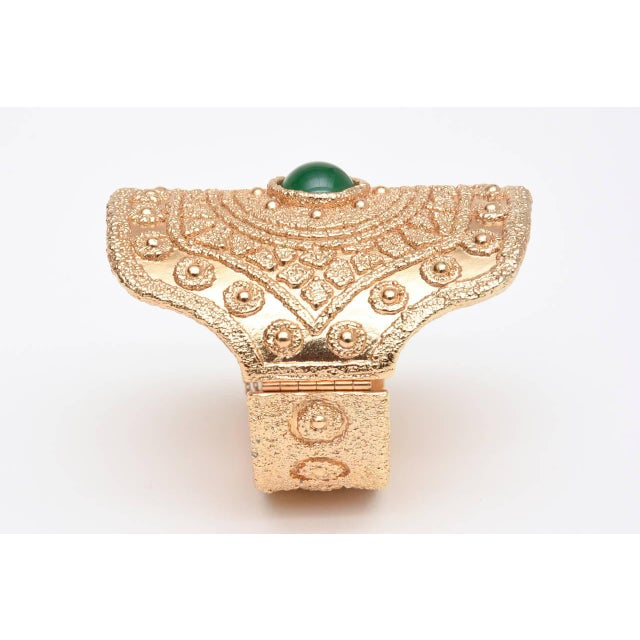 Vintage Napier Textural Gold Plated Green Glass Cuff Bracelet For Sale - Image 9 of 10