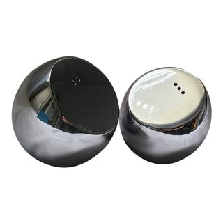 Nambe Salt and Pepper Shakers For Sale