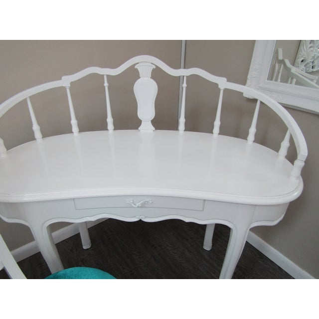 Hollywood Regency Kidney Shaped Vanity/Writing Desk With Upholstered Swivel Chair For Sale In West Palm - Image 6 of 9